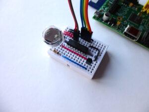 MCP3008 Example Circuit #1
