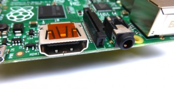 Raspberry Pi HDMI and 3.5mm Composite Video and Audio Jack