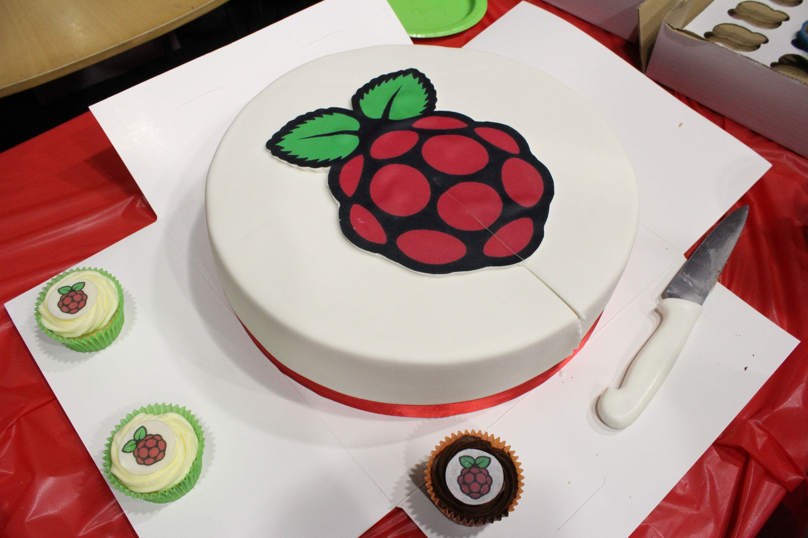 Raspberry Pi Birthday Cake