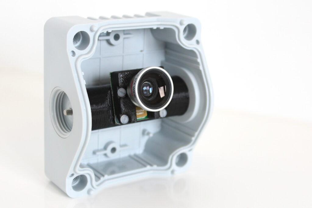 Raspberry Pi CCTV Camera with motionEyeOS - Raspberry Pi Spy